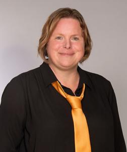 Peggy Laurer